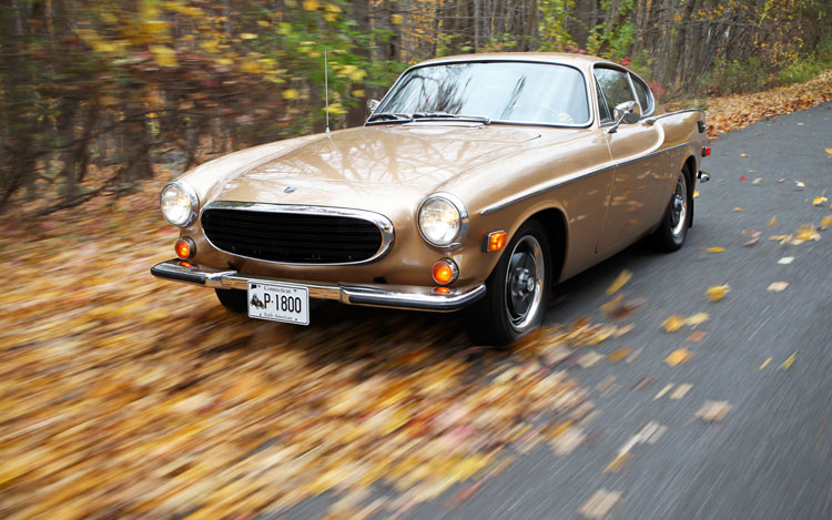 1961 1973 Volvo 1800 Front View3