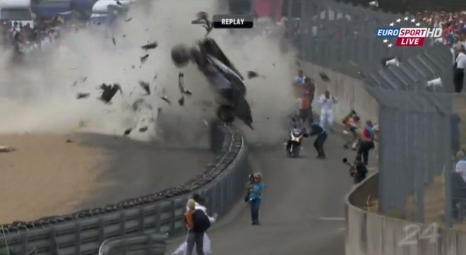 2011 Le Mans 24 Allen McNish Crash1 660x361