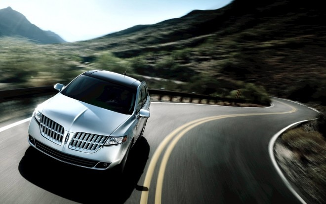 2011 Lincoln MKT11 660x413