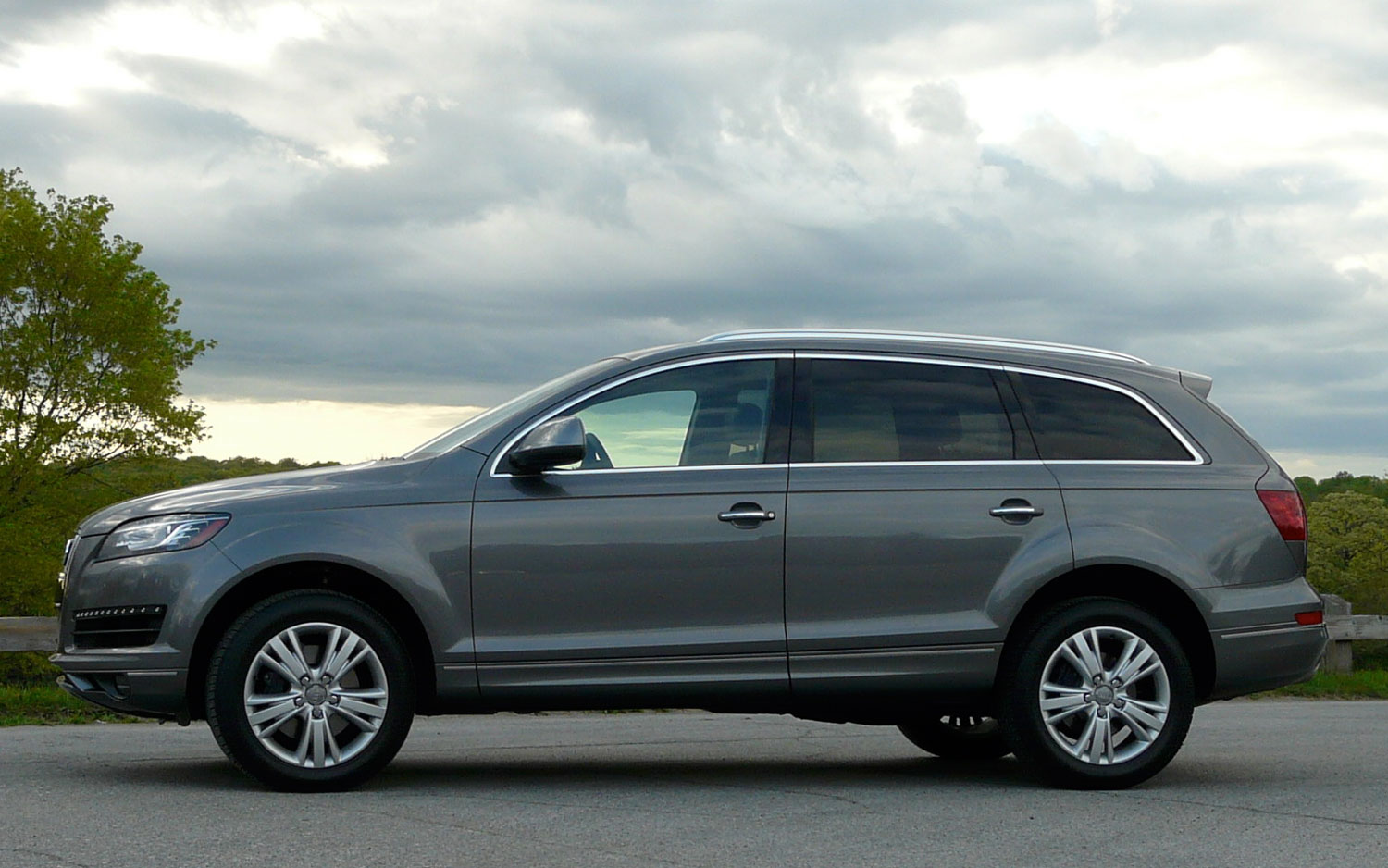 2011 Audi Q7 Tdi Left Side View3