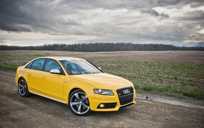 2011 Audi S4 Quattro Mt6 Sedan Front Right Side View1 660x413
