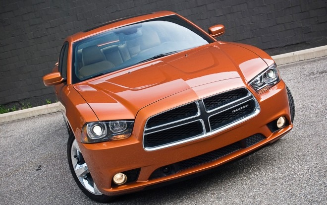 2011 Dodge Charger Rallye Plus Front View1 660x413