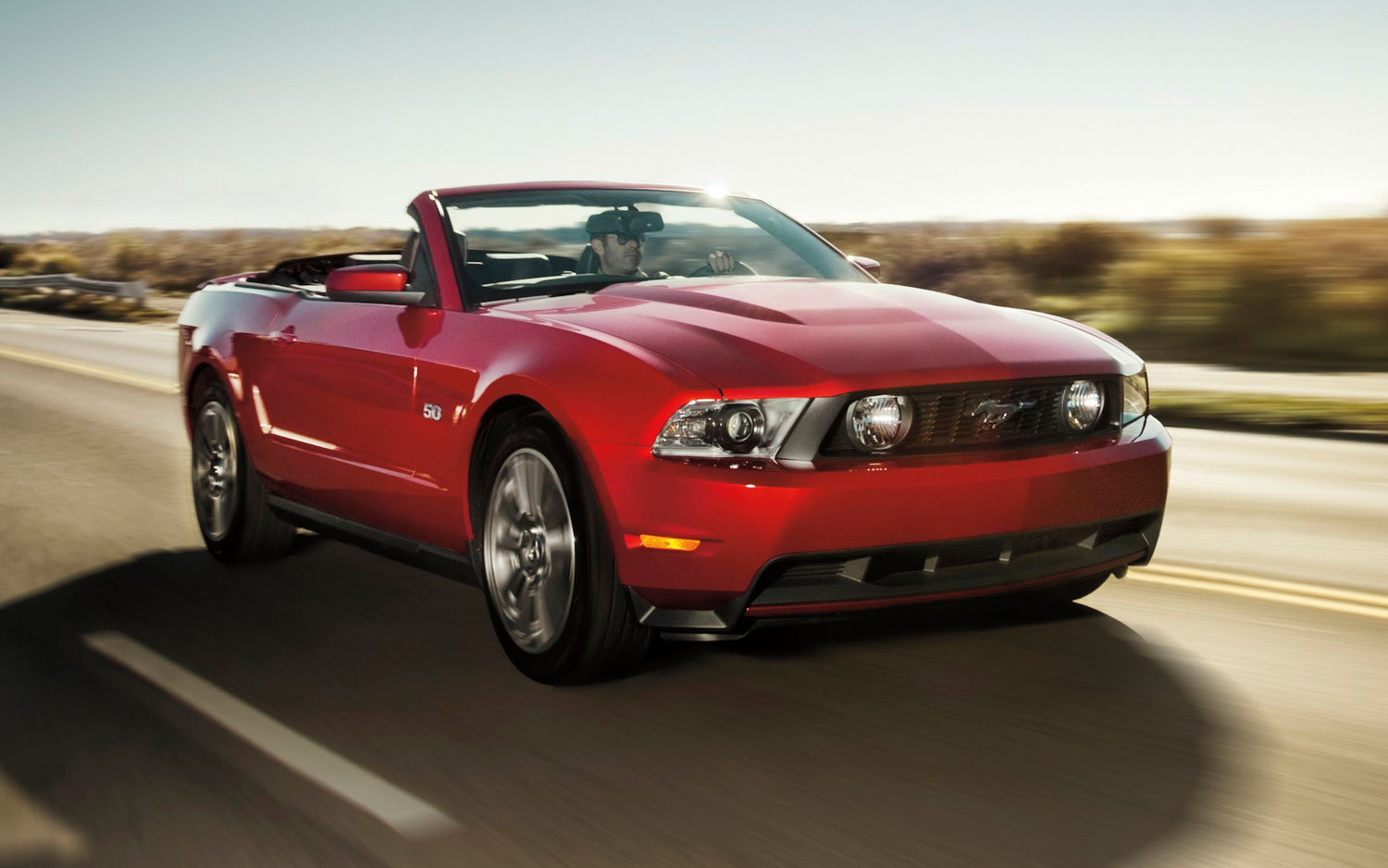 2011 Ford Mustang Gt Convertible Front Three Quarter1