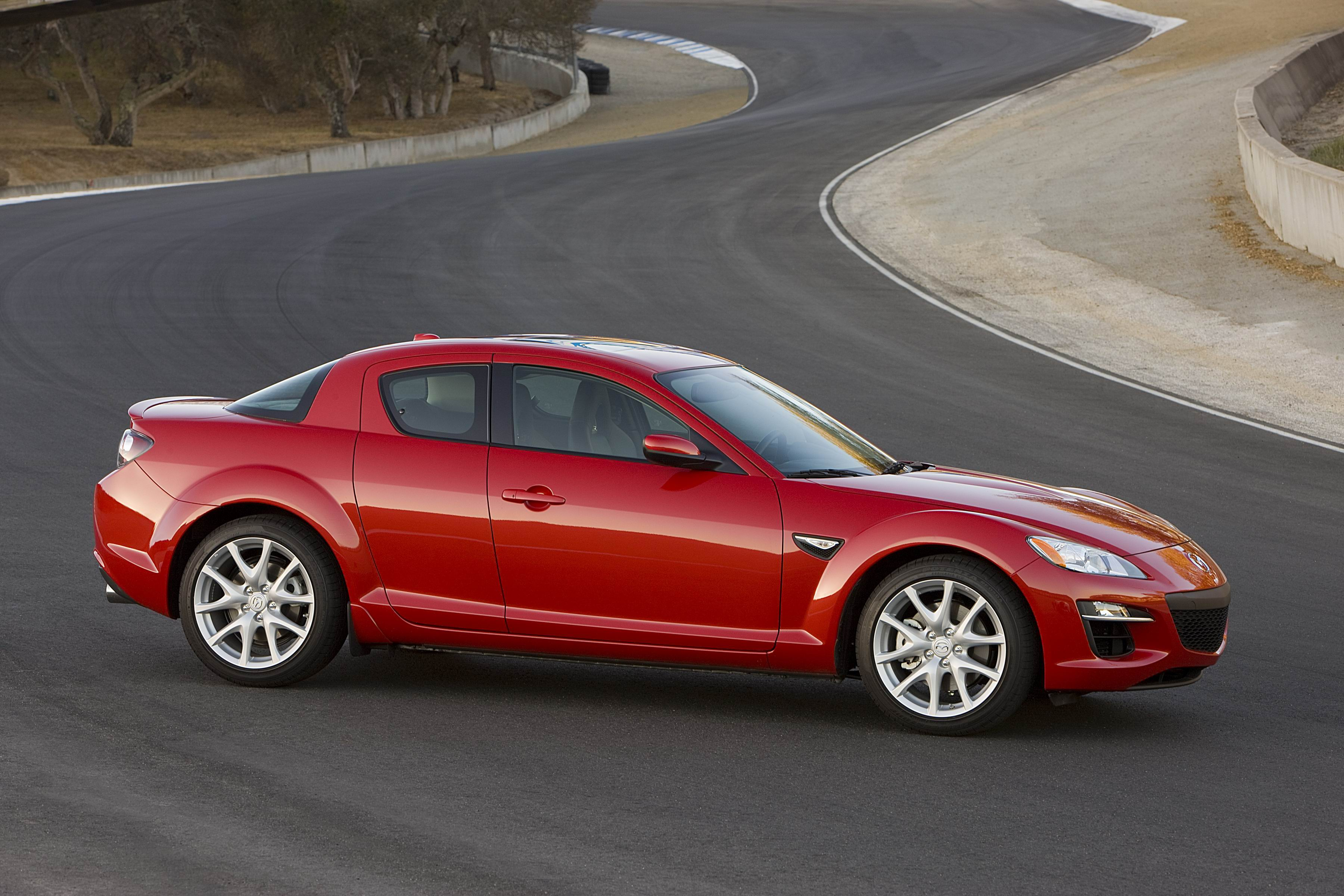 2011 mazda rx 8 grand touring editors 39 notebook automobile magazine. Black Bedroom Furniture Sets. Home Design Ideas