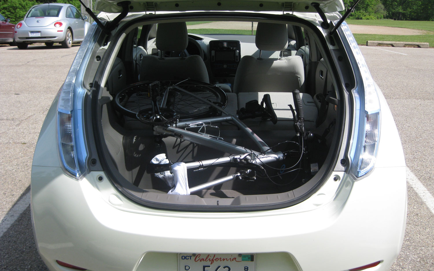 2011 Nissan Leaf It S Cool But I Don T Want One