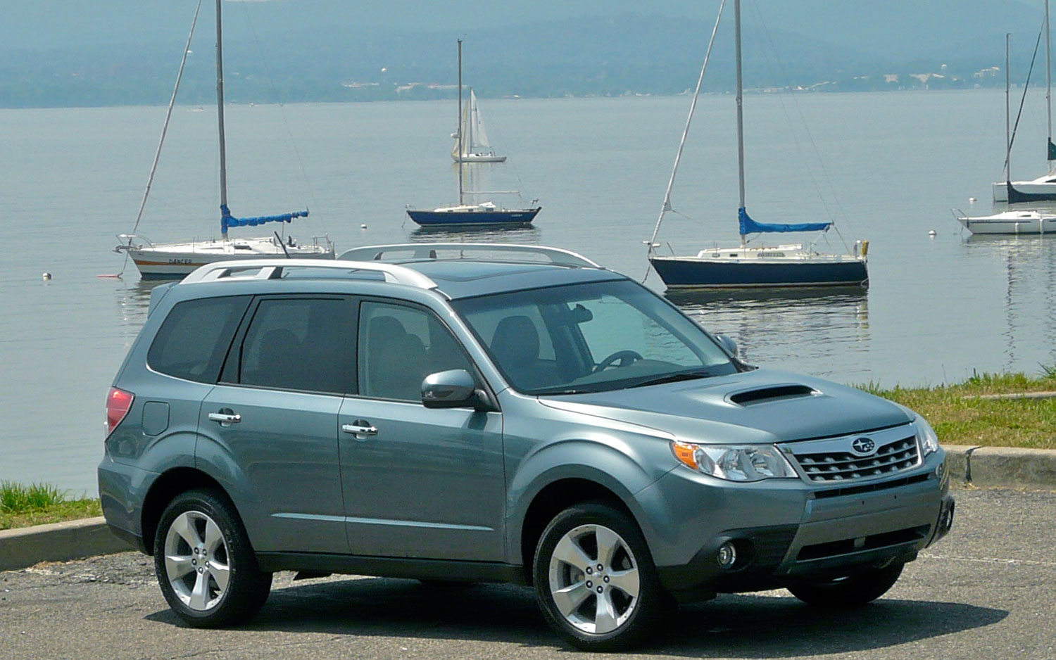 2011 Subaru Forester Front Right View Parked3
