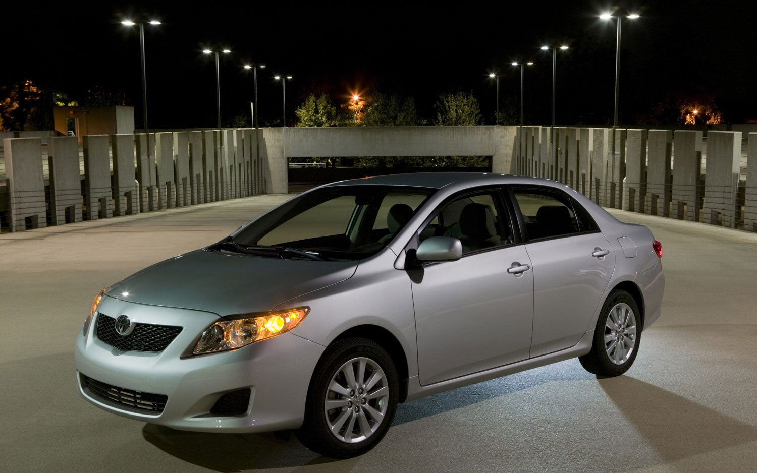 2011 Toyota Corolla Front Left Side View1