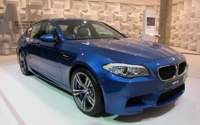 2012 BMW M5 Front Right View1 660x413