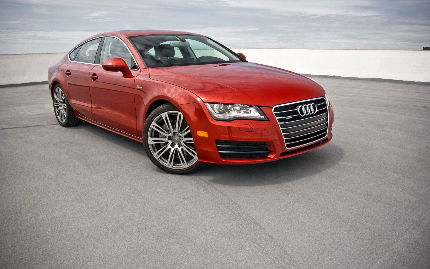 2012 Audi A7 Premium Plus Front Right Side View2
