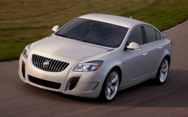 2012 Buick Regal Gs Front Three Quarter1 660x413