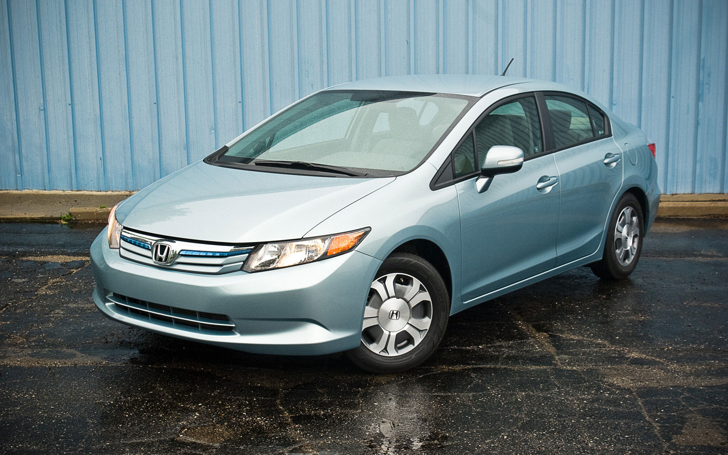 2012 Honda Civic Hybrid Front Left Side View Parked1