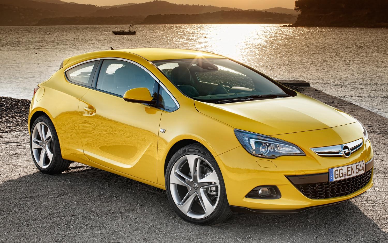 2012 Opel Astra Gtc Passenger Front Three Quarter1