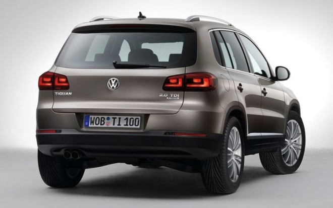 2012 Volkswagen Tiguan Rear Three Quarters View11 660x413
