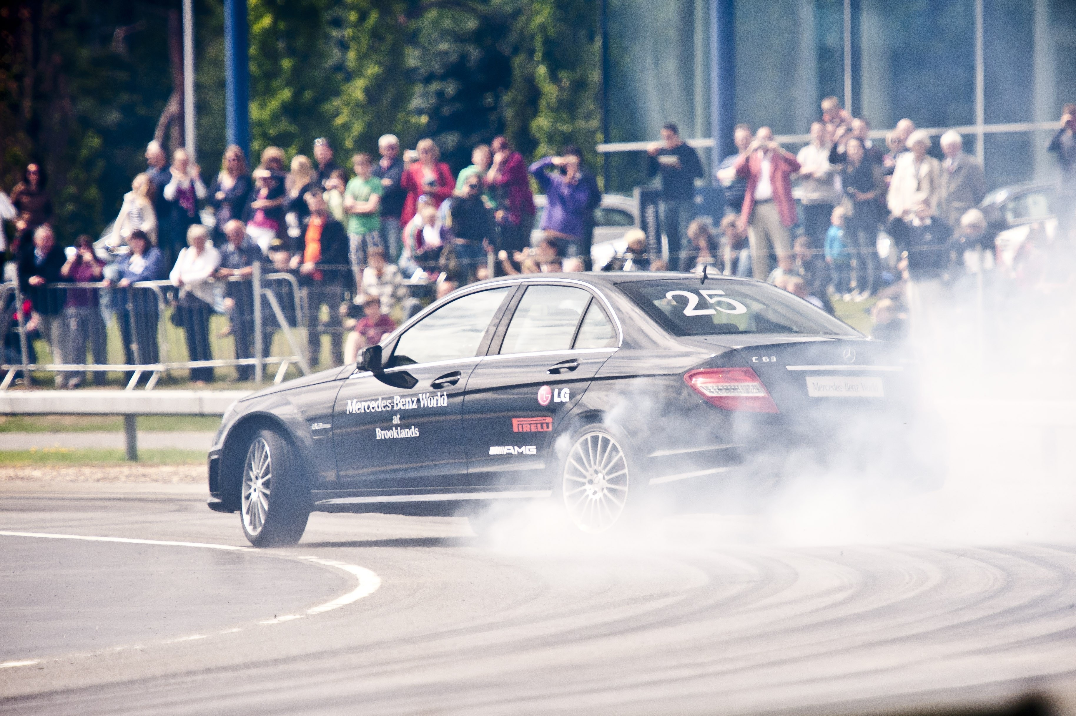 448504 Mauro Calo Entertains The Crowds Breaking The World Record For The Longest Car Drift