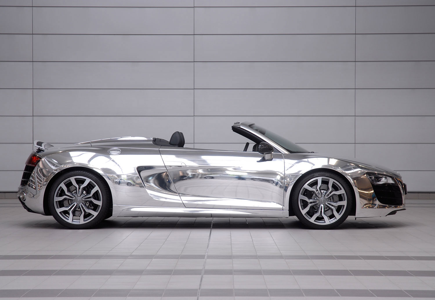 Audi R8 Chrome Side11