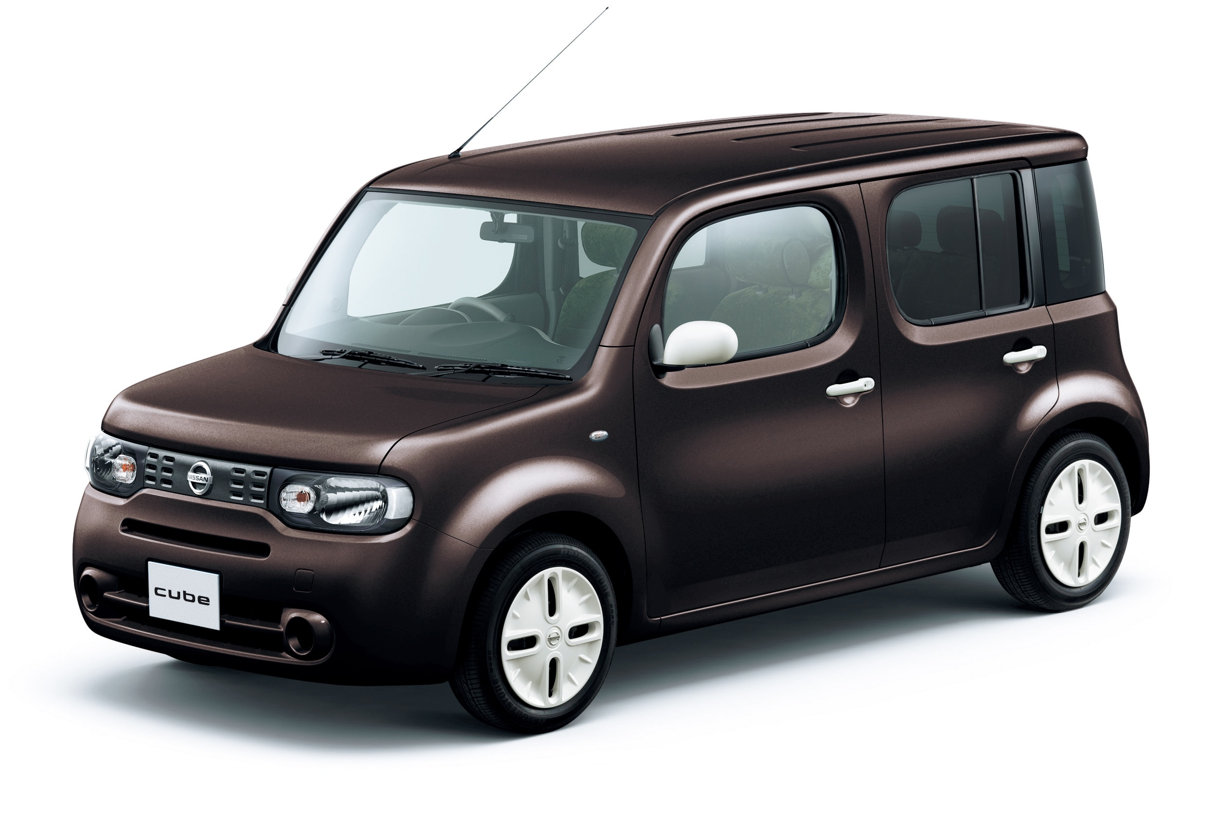 nissan cube 15x green komorebi selection complete with velour seats. Black Bedroom Furniture Sets. Home Design Ideas