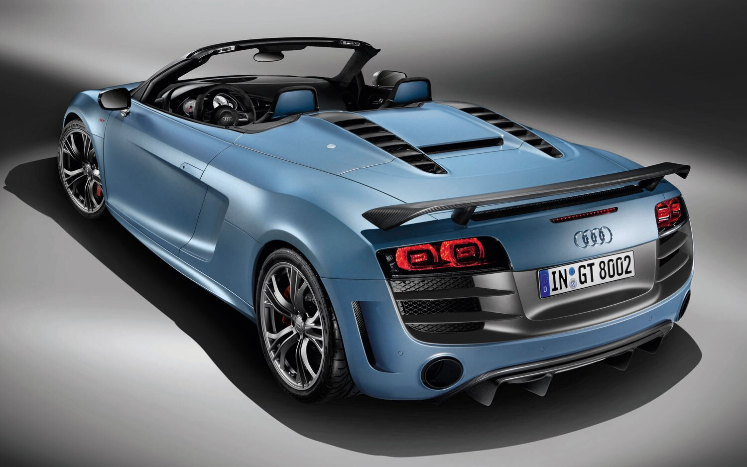 audi launches lighter, faster r8 gt spyder, only 333 to be made