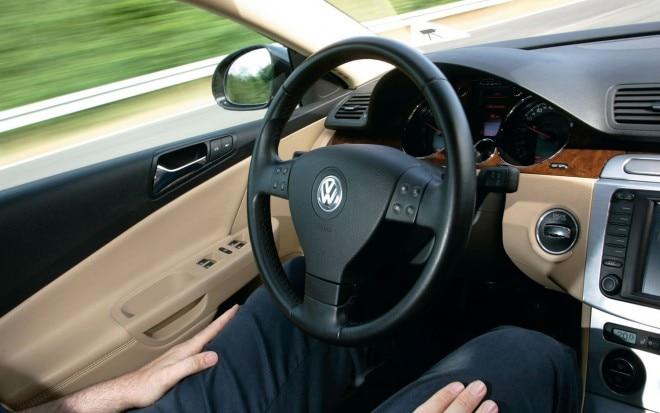 Volkswagen Haveit Temporary Auto Pilot Cockpit1 660x413