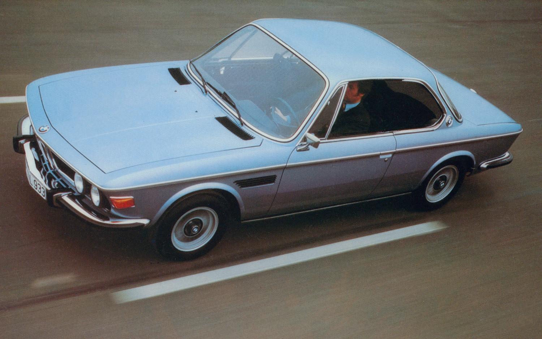 1971 BMW CSI Driving1