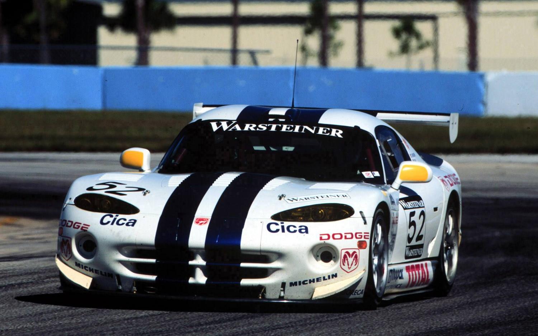 chrysler mulls return to sports car racing with next gen viper. Black Bedroom Furniture Sets. Home Design Ideas