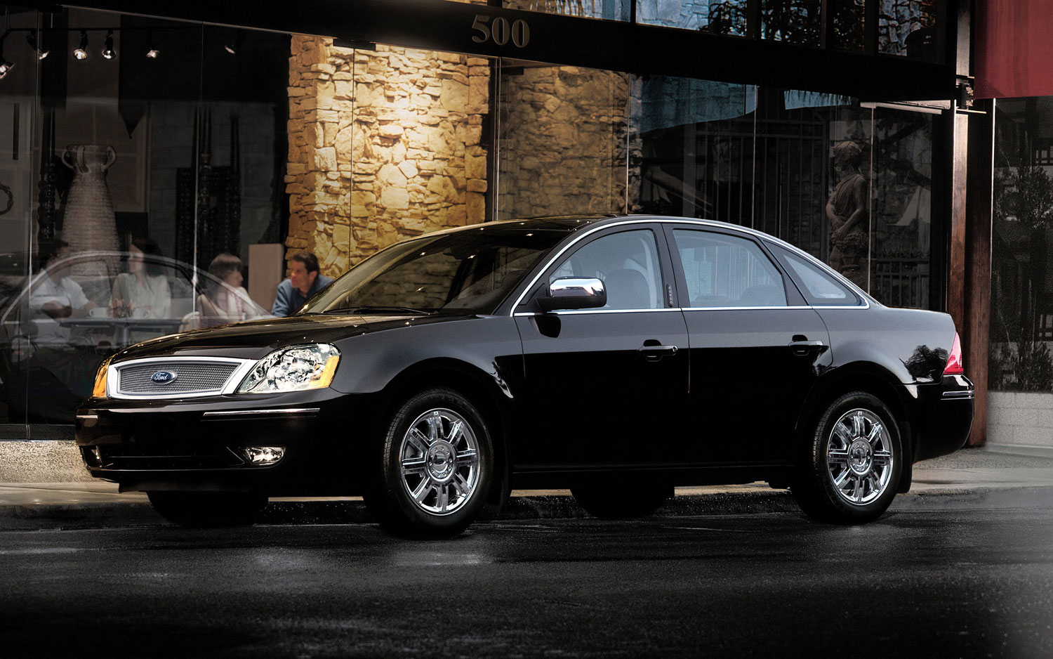 2007 Ford Five Hundred Front Three Quarter1