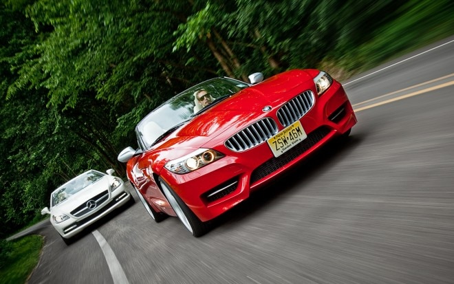 2011 BMW Z4 SDrive35is Front View In Motion 22 660x413