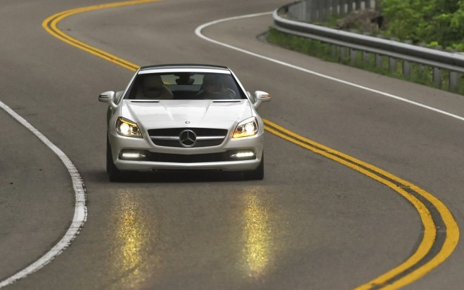 2011 Mercedes Benz SLK 350 Front Action 21 660x413