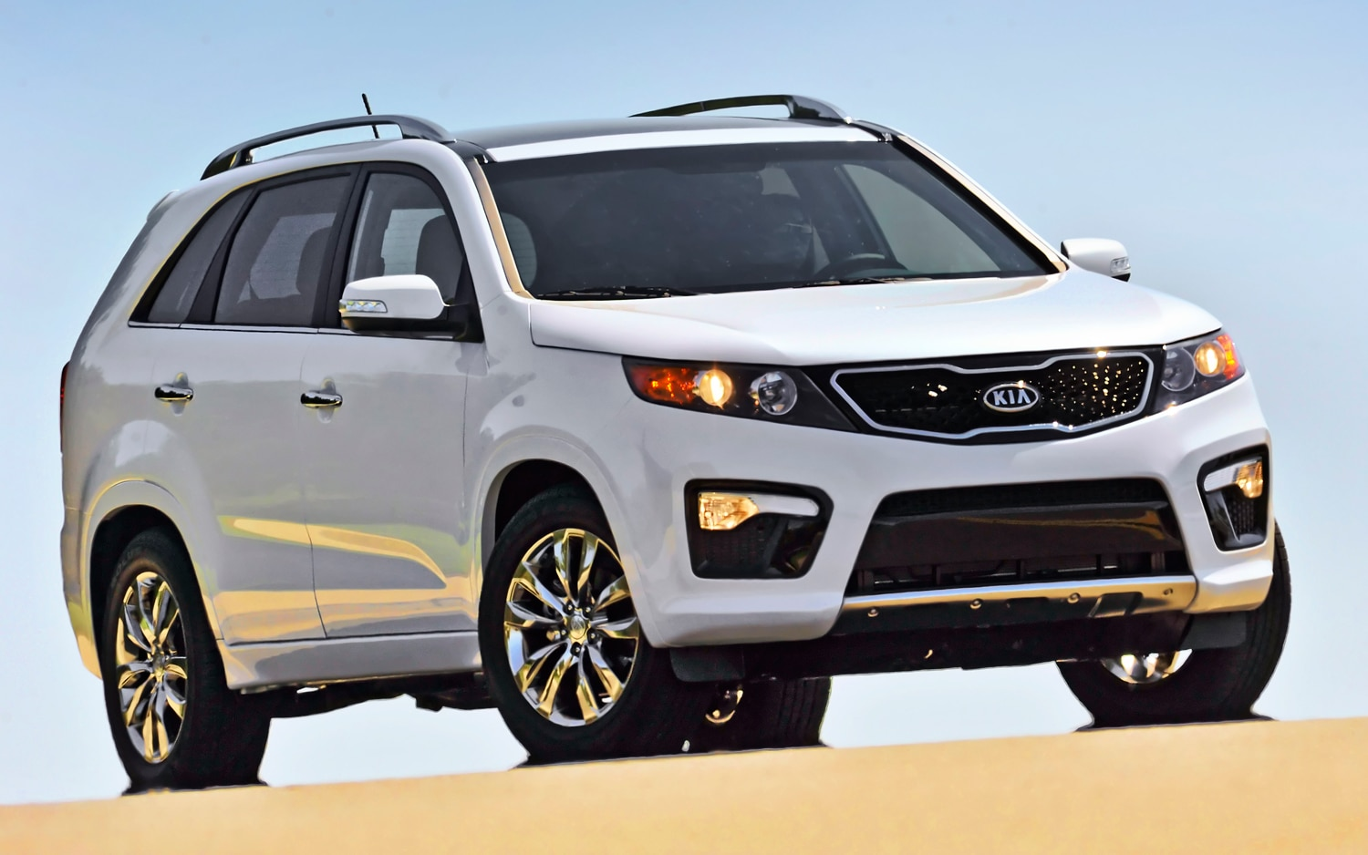 2011 Kia Sorento SX AWD Front Right View2