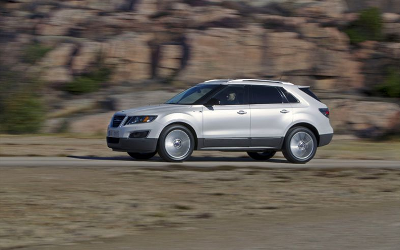 2011 Saab 9 4X Side In Motion1