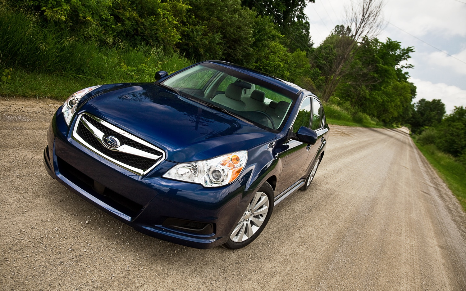 2011 Subaru Legacy Limited Front Left View Parked1