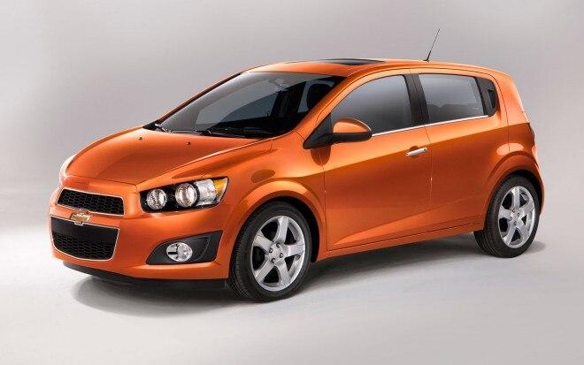 2012 Chevrolet Sonic Hatchback Front Three Quarter1 660x413