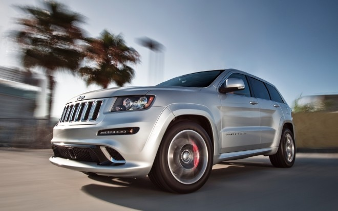 2012 Jeep Grand Cherokee SRT8 Front View1 660x413
