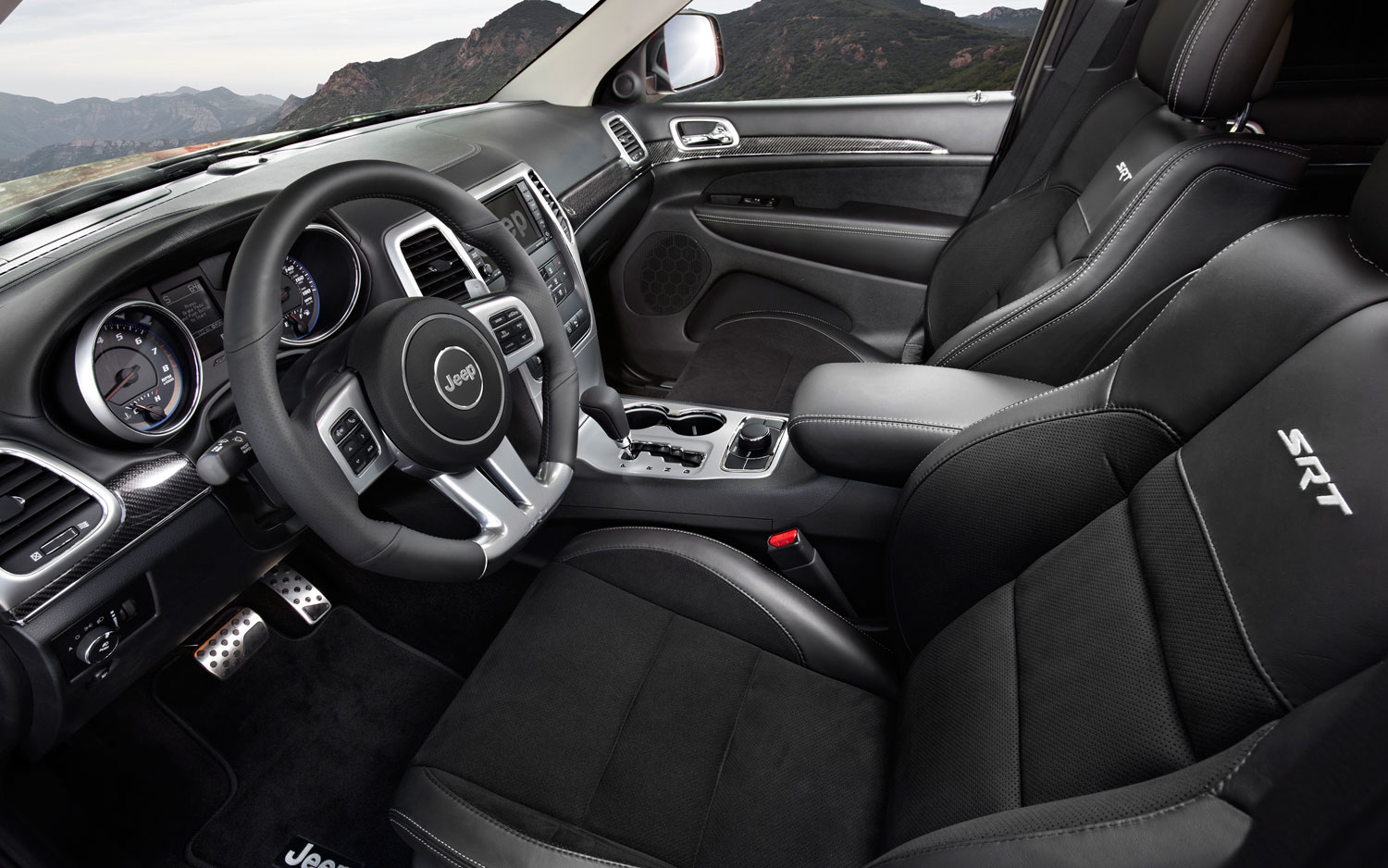 A legendary name that continues to create excitement ...  |Dodge Challenger Srt8 2015 Interior