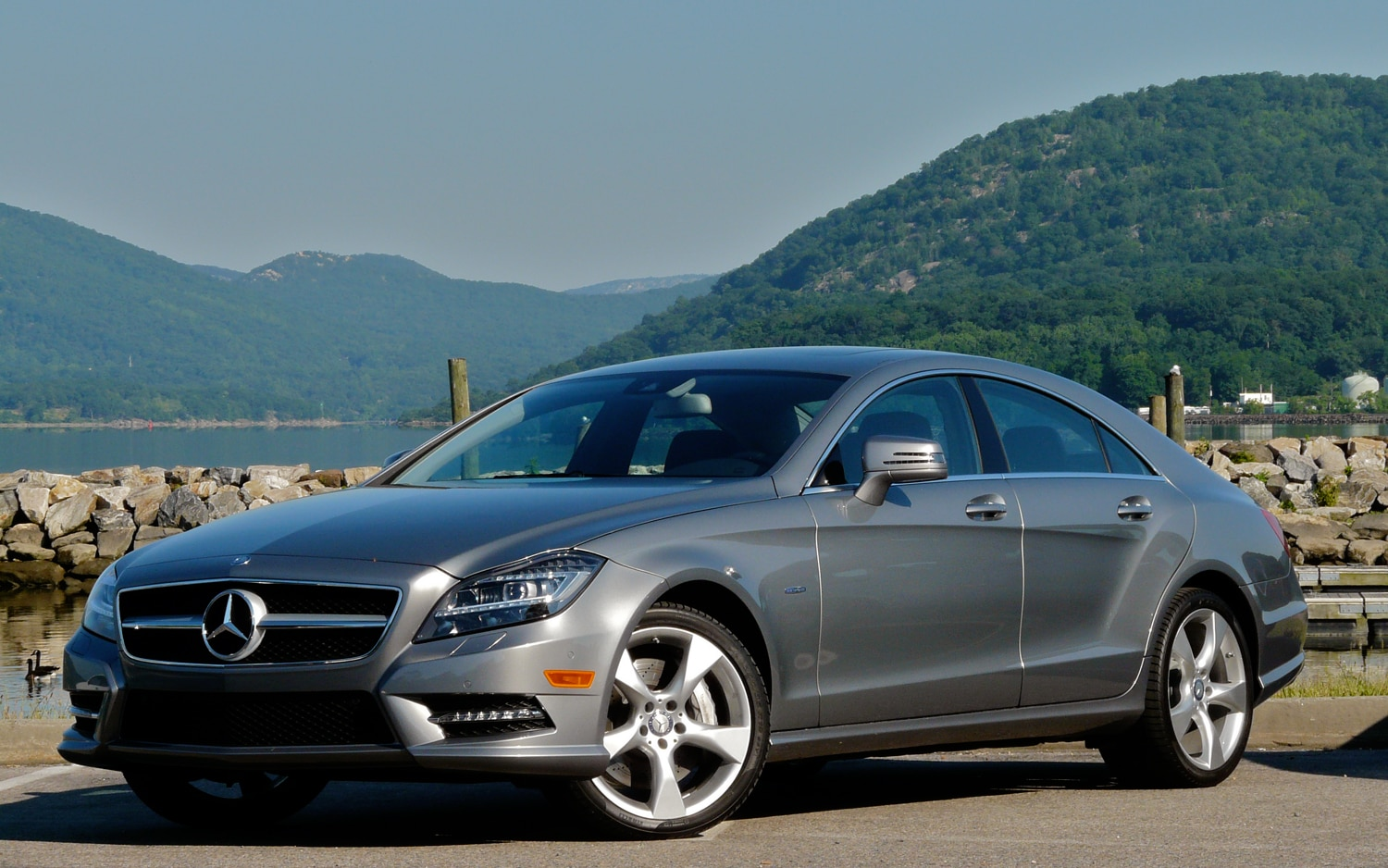 2012 Mercedes Benz Cls550 Front Left Side View1