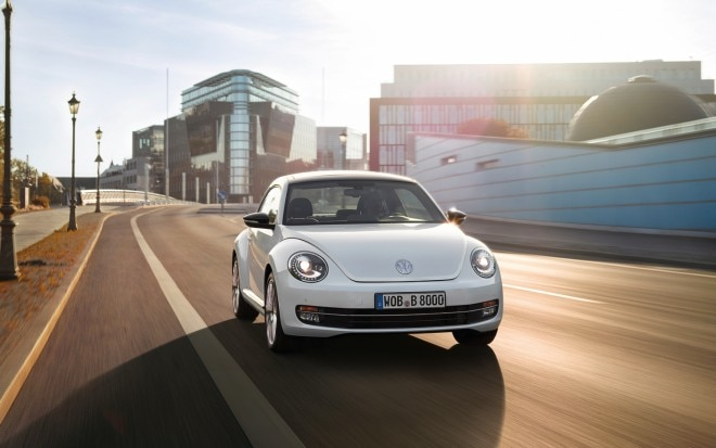 2012 Volkswagen Beetle Turbo Front View 660x413
