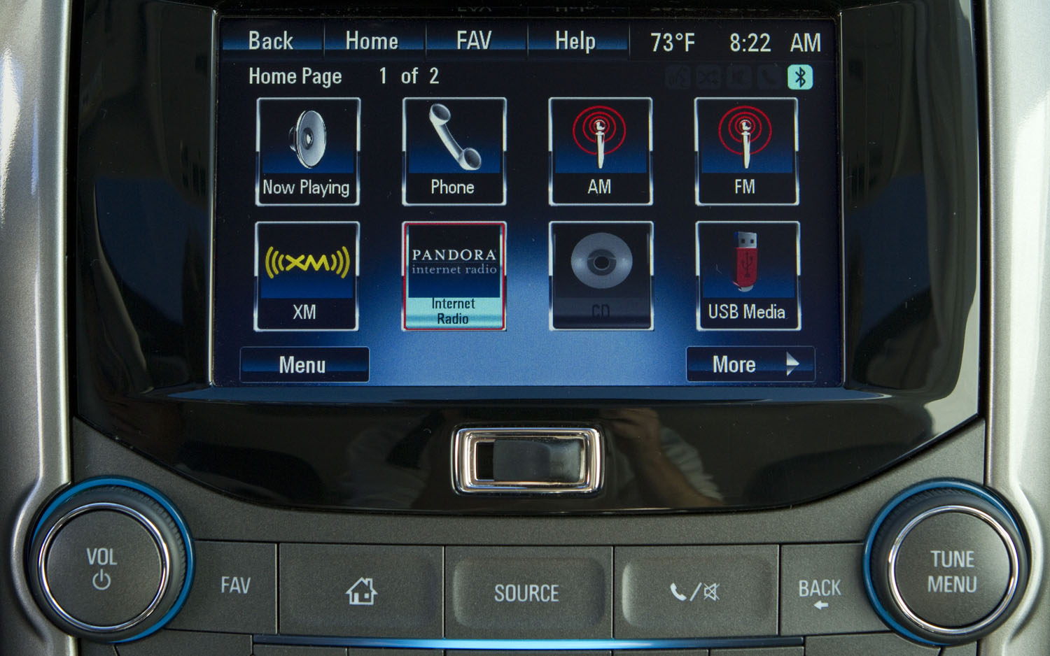 Chevy Malibu Mpg >> Quick Look: The 2013 Chevrolet Malibu's Interior, MyLink Voice Infotainment System