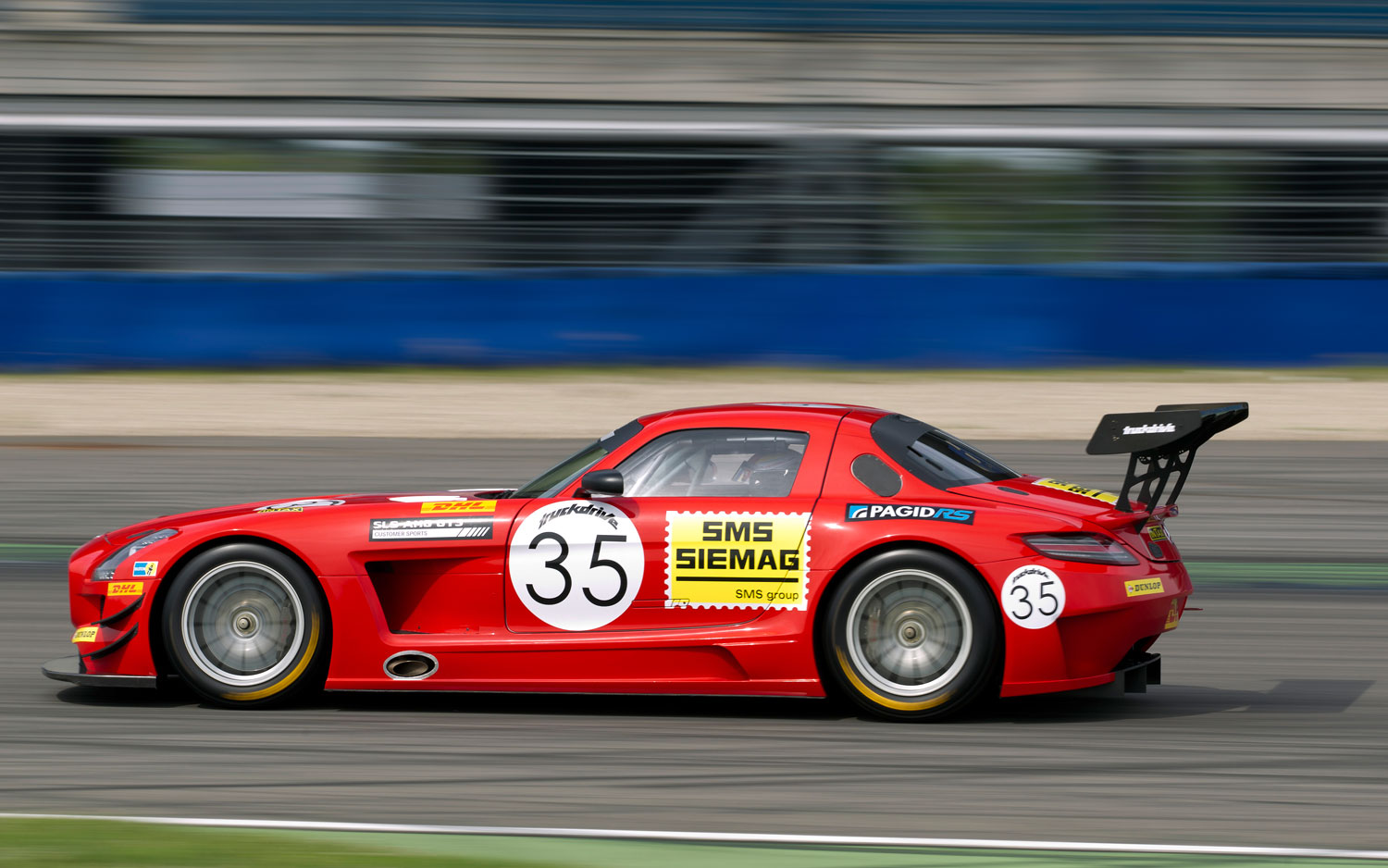 Blast from the past mercedes benz sls amg gt3 wearing for Mercedes benz gt3