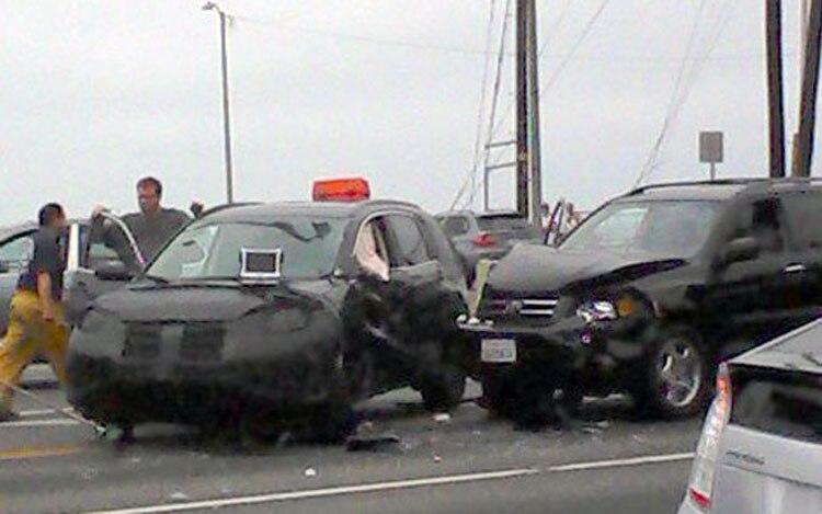 Notcot Crash Honda CR V Toyota Highlander1