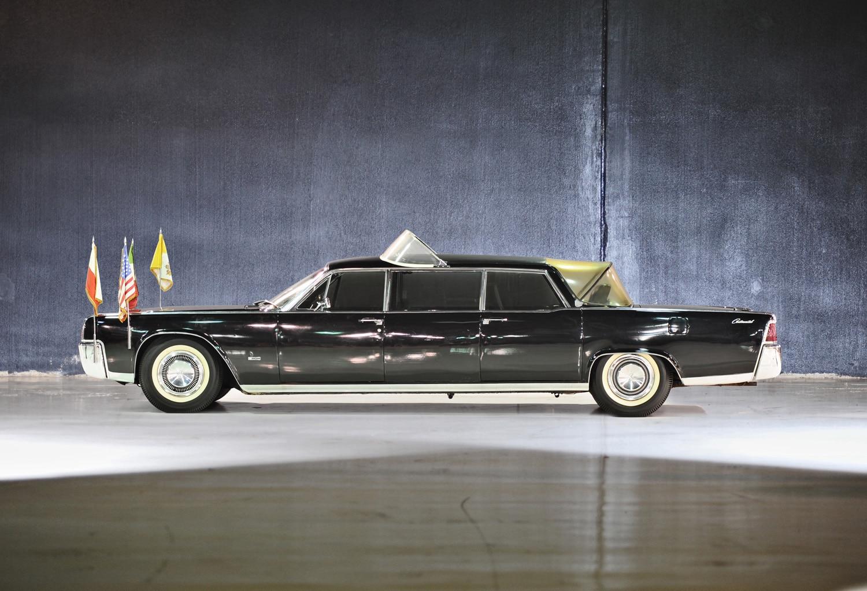 1964 Lincoln Continental Popemobile Profile1
