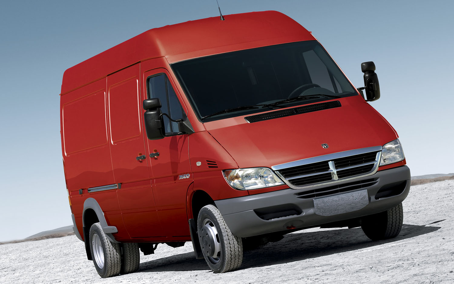2007 Dodge Sprinter Front Three Quarter1