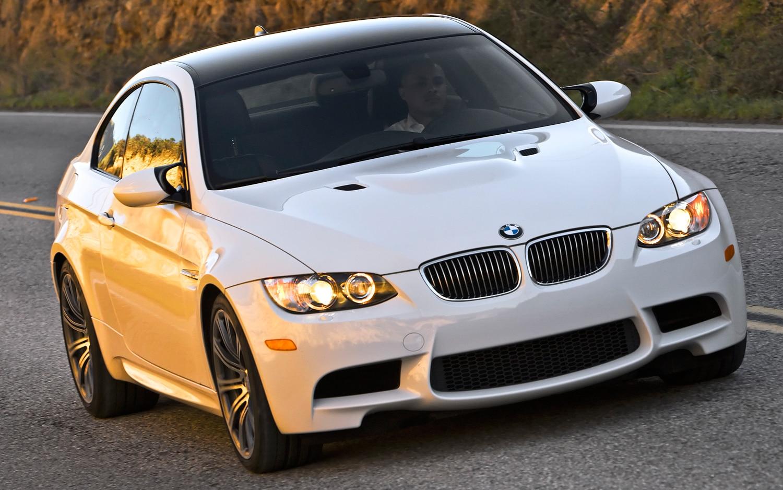 2011 BMW M3 Coupe Front Three Quarter1
