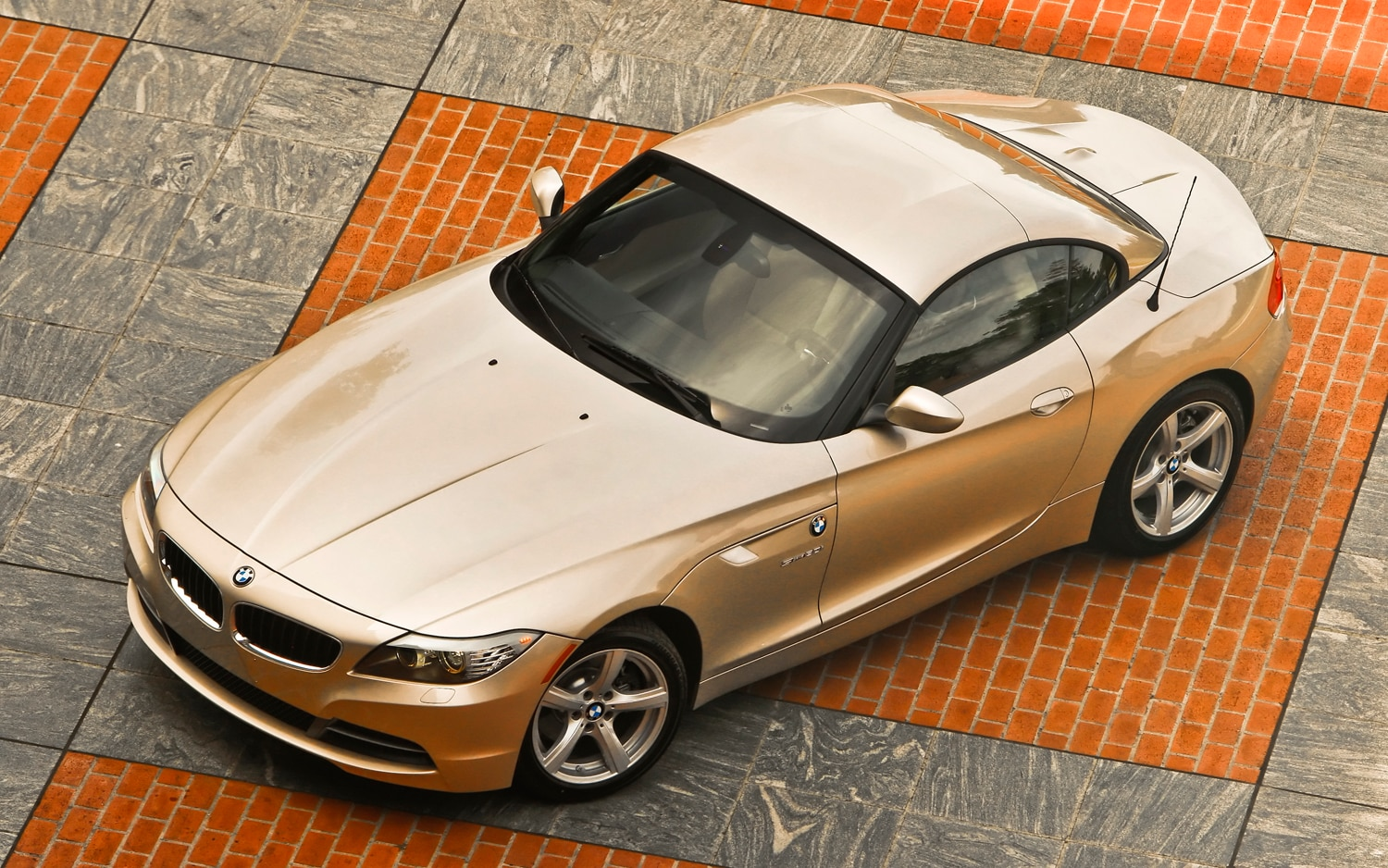 2011 BMW Z4 SDrive30i From Above1