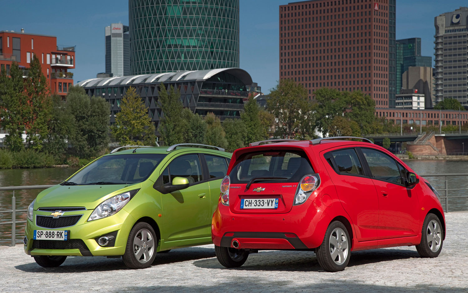 2011 Chevrolet Spark Front And Rear1