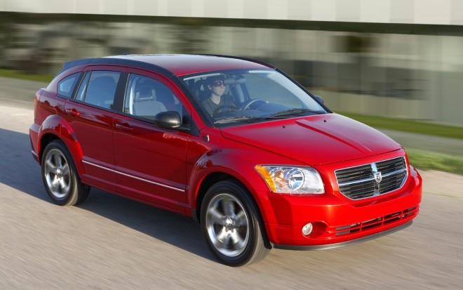 2011 Dodge Caliber In Motion1 660x413