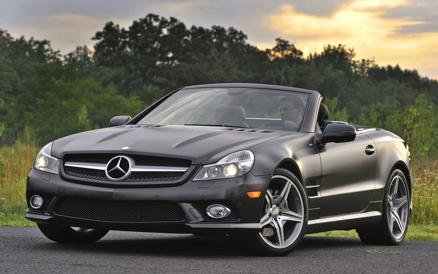 The beginning of the end 2012 mercedes benz sl loses 12 for Mercedes benz options