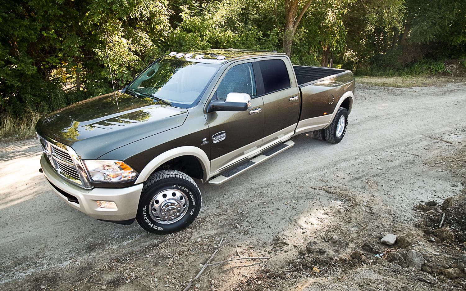 2011 dodge ram 3500 laramie longhorn crew cab 4x4 editors 39 notebook automobile magazine. Black Bedroom Furniture Sets. Home Design Ideas