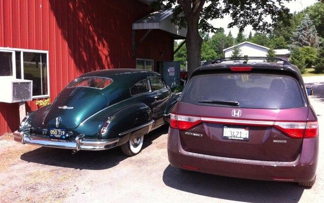 2011 Honda Odyssey Touring Elite And Vintage Caddy1 660x413