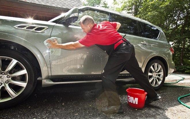 2011 Infiniti QX56 4WD Washing1 660x413