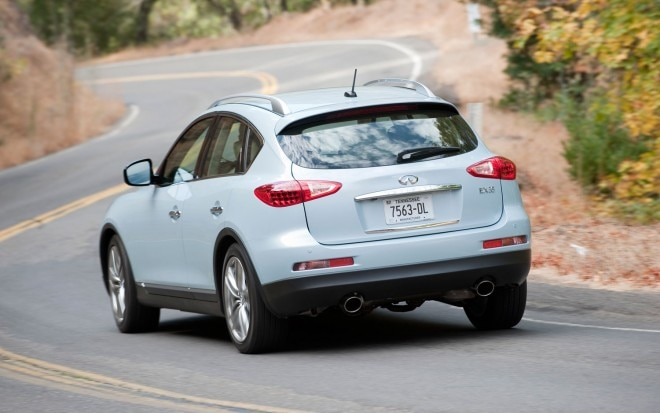 2011 Infiniti Ex35 Rear Shot Moving1 660x413