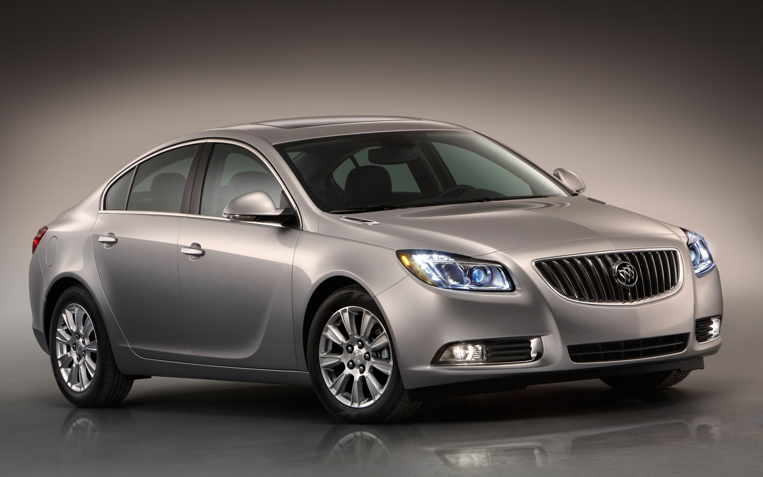 2012 Buick Regal EAssist Front Three Quarter1